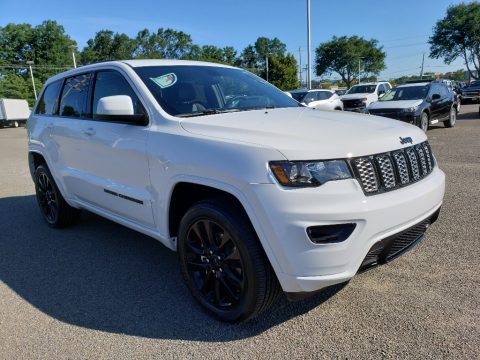 Bright White Jeep Grand Cherokee Altitude 4x4.  Click to enlarge.