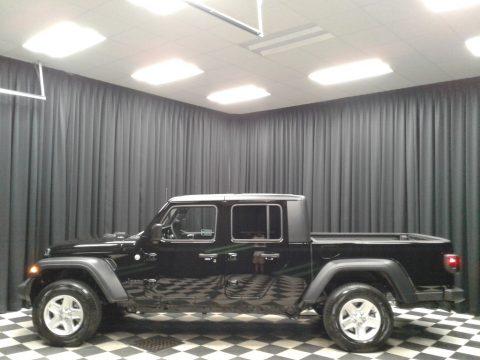 Black Jeep Gladiator Sport 4x4.  Click to enlarge.