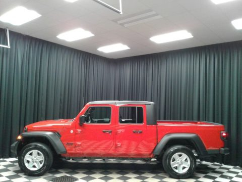 Firecracker Red Jeep Gladiator Sport 4x4.  Click to enlarge.