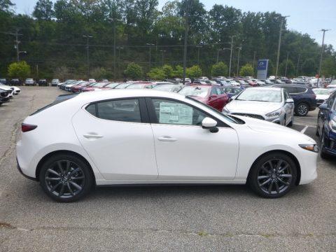 Snowflake White Pearl Mica Mazda MAZDA3 Hatchback Preferred AWD.  Click to enlarge.