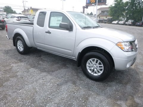 Brilliant Silver Nissan Frontier SV King Cab 4x4.  Click to enlarge.