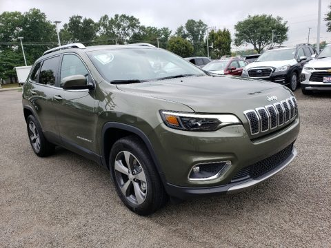 Olive Green Pearl Jeep Cherokee Limited 4x4.  Click to enlarge.