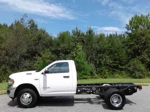 Bright White Ram 3500 Tradesman Regular Cab 4x4 Chassis.  Click to enlarge.