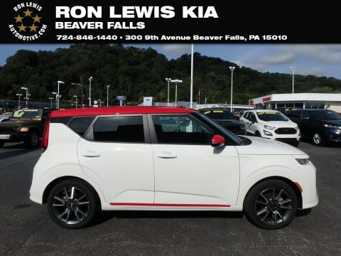 Snow White Pearl Kia Soul GT-Line.  Click to enlarge.