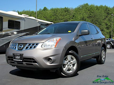 Platinum Graphite Nissan Rogue S.  Click to enlarge.