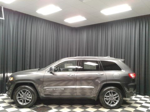 Granite Crystal Metallic Jeep Grand Cherokee Limited 4x4.  Click to enlarge.