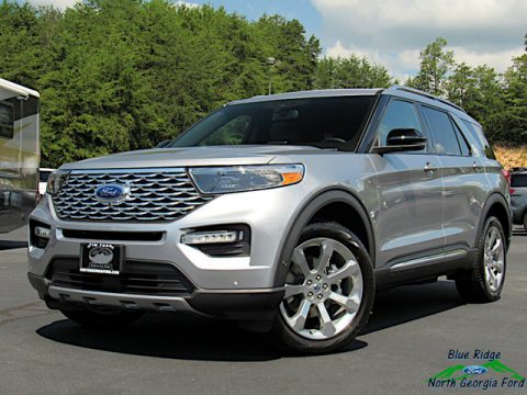 Iconic Silver Metallic Ford Explorer Platinum 4WD.  Click to enlarge.