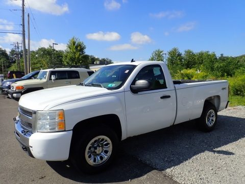 Summit White Chevrolet Silverado 1500 Regular Cab 4x4.  Click to enlarge.