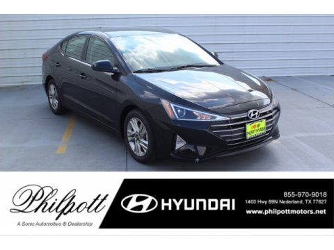 Phantom Black Hyundai Elantra SEL.  Click to enlarge.