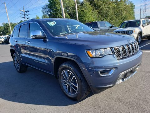 Slate Blue Pearl Jeep Grand Cherokee Limited 4x4.  Click to enlarge.