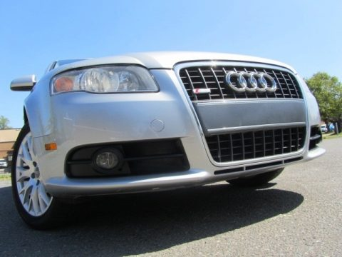 Audi A4 2.0T Special Edition quattro Sedan