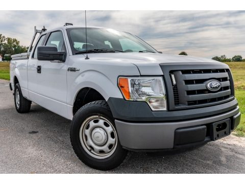 Oxford White Ford F150 XL SuperCab.  Click to enlarge.