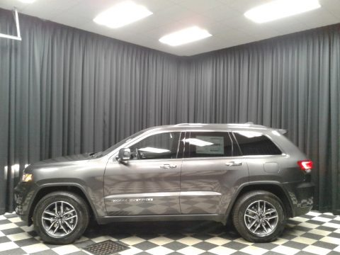 Granite Crystal Metallic Jeep Grand Cherokee Limited.  Click to enlarge.
