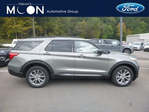 Silver Spruce Metallic Ford Explorer XLT 4WD.  Click to enlarge.