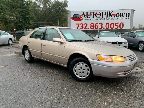 Cashmere Beige Metallic Toyota Camry LE.  Click to enlarge.