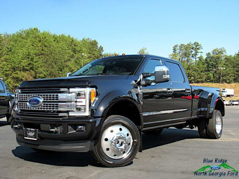 Agate Black Ford F450 Super Duty Platinum Crew Cab 4x4.  Click to enlarge.