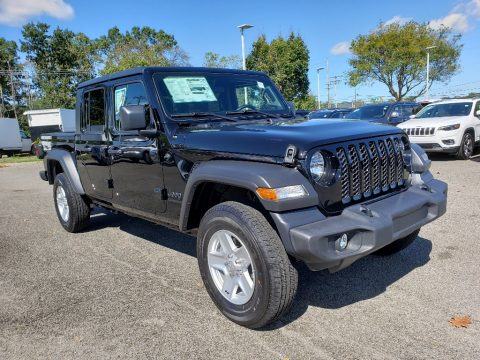 Black Jeep Gladiator Sport 4x4.  Click to enlarge.