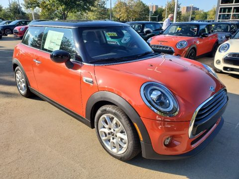 Solaris Orange Metallic Mini Hardtop Cooper 2 Door.  Click to enlarge.