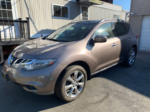 Tinted Bronze Nissan Murano SL AWD.  Click to enlarge.