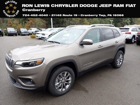 Light Brownstone Pearl Jeep Cherokee Latitude Plus 4x4.  Click to enlarge.