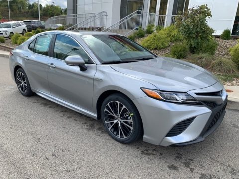Celestial Silver Metallic Toyota Camry Hybrid SE.  Click to enlarge.