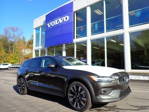 Pine Grey Metallic Volvo V60 Cross Country T5 AWD.  Click to enlarge.
