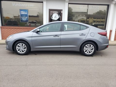 Galactic Gray Hyundai Elantra SE.  Click to enlarge.