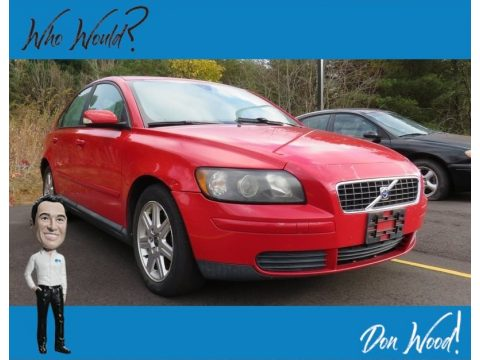 Passion Red Volvo S40 2.4i.  Click to enlarge.