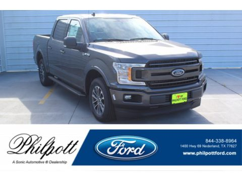 Magnetic Ford F150 XLT SuperCrew.  Click to enlarge.