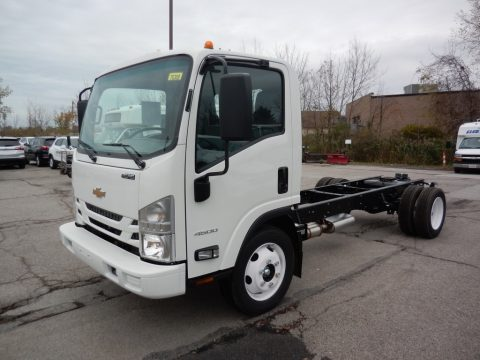 Arctic White Chevrolet Low Cab Forward 4500 Chassis.  Click to enlarge.