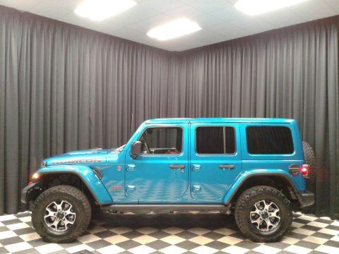 Bikini Pearl Jeep Wrangler Unlimited Rubicon 4x4.  Click to enlarge.