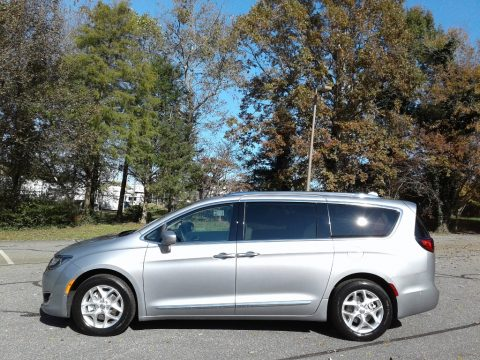 Billet Silver Metallic Chrysler Pacifica Touring L Plus.  Click to enlarge.