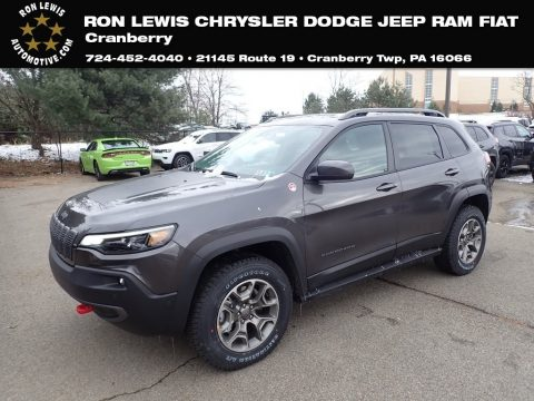 Granite Crystal Metallic Jeep Cherokee Trailhawk 4x4.  Click to enlarge.