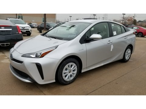 Classic Silver Metallic Toyota Prius LE.  Click to enlarge.