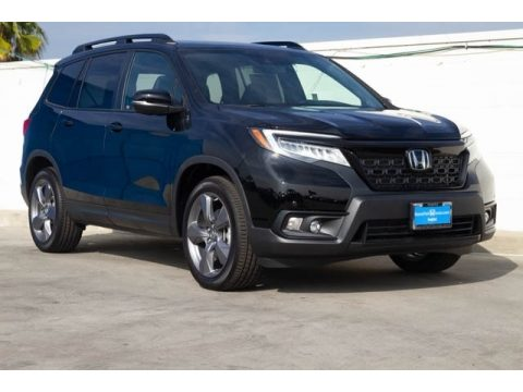 Crystal Black Pearl Honda Passport Touring.  Click to enlarge.