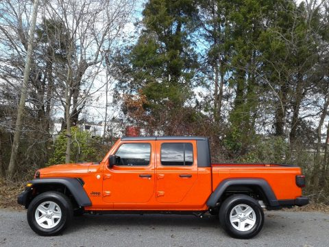 Punk'n Metallic Jeep Gladiator Sport 4x4.  Click to enlarge.