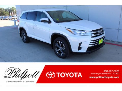 Blizzard Pearl White Toyota Highlander LE.  Click to enlarge.