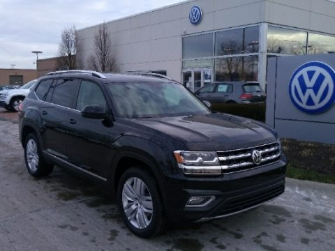 Deep Black Pearl Volkswagen Atlas SEL 4Motion.  Click to enlarge.