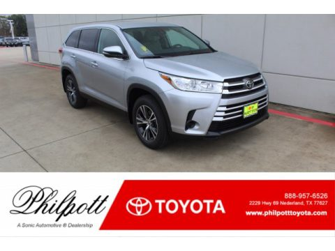 Celestial Silver Metallic Toyota Highlander LE.  Click to enlarge.