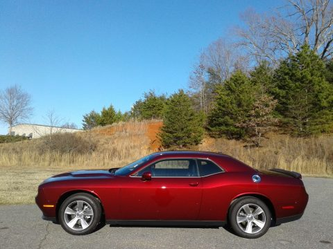 Octane Red Pearl Dodge Challenger SXT.  Click to enlarge.