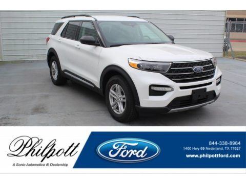 Star White Metallic Tri-Coat Ford Explorer XLT.  Click to enlarge.