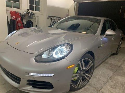 GT Silver Metallic Porsche Panamera S E-Hybrid.  Click to enlarge.