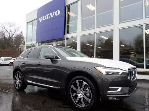 Pine Grey Metallic Volvo XC60 T6 AWD Inscription.  Click to enlarge.