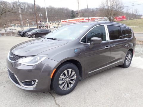 Chrysler Pacifica Hybrid Touring L