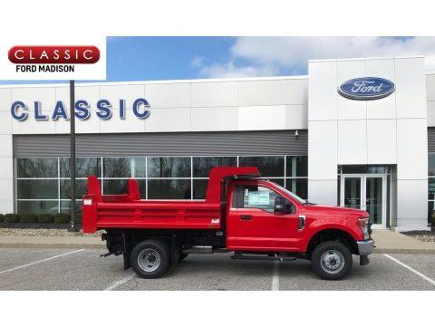 Ford F350 Super Duty XL Regular Cab 4x4 Chassis Dump Truck