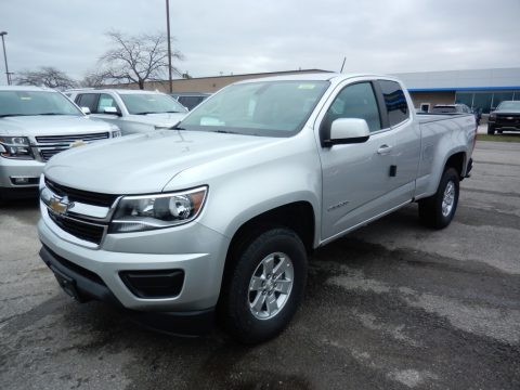 Silver Ice Metallic Chevrolet Colorado WT Extended Cab 4x4.  Click to enlarge.