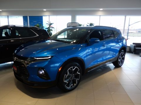 Bright Blue Metallic Chevrolet Blazer RS AWD.  Click to enlarge.