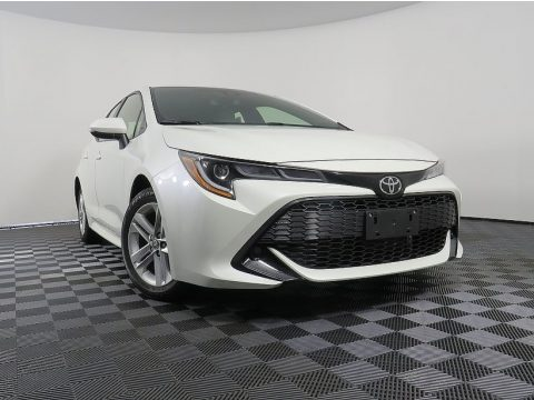 Blizzard White Pearl Toyota Corolla Hatchback SE.  Click to enlarge.
