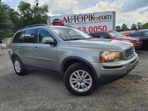 Willow Green Metallic Volvo XC90 3.2 AWD.  Click to enlarge.