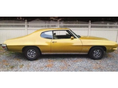 Aztec Gold Pontiac GTO Hardtop Coupe.  Click to enlarge.